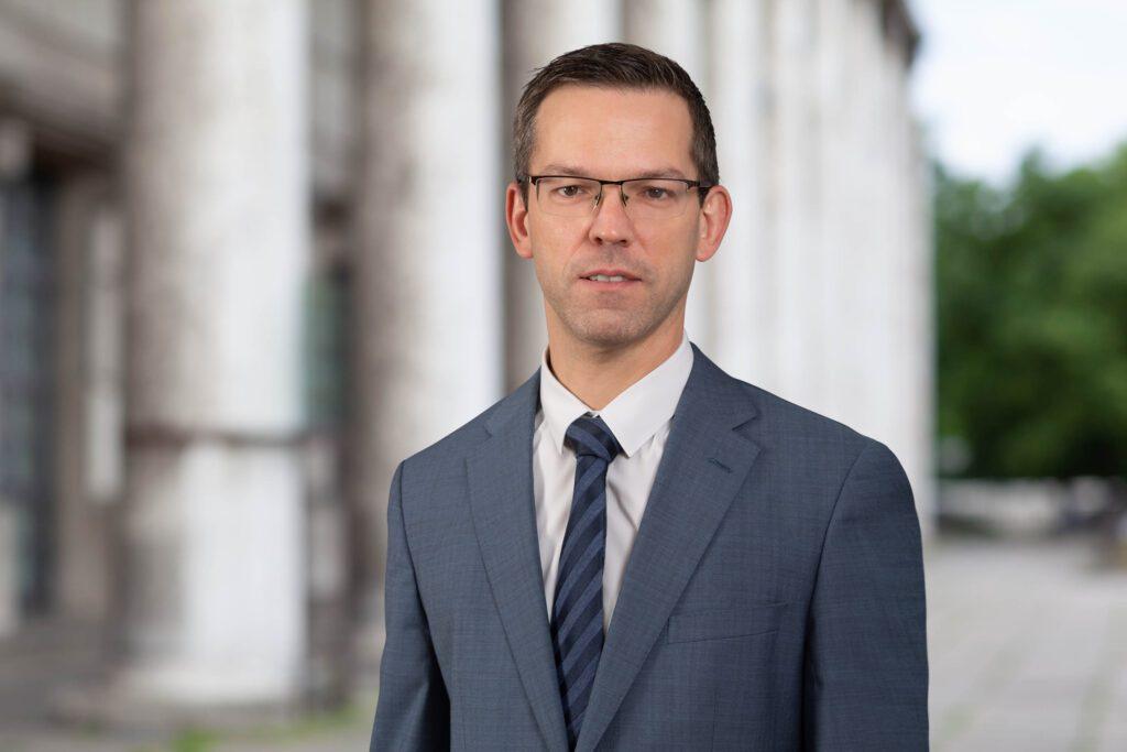 Rechtsanwalt Arbeitsrecht IT-Recht Vertragsrecht München Fachanwalt