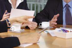 Arbeitsvertrag Vertraggestaltung Rechtsanwalt München
